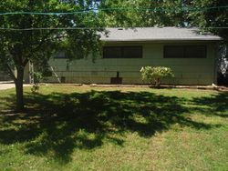 Sw 24th St, Topeka, KS Foreclosure Home