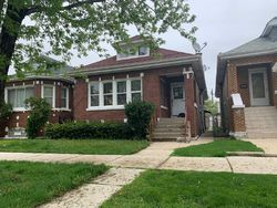 S Spaulding Ave, Chicago, IL Foreclosure Home