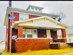 E Walnut St, Harrisburg, IL Foreclosure Home