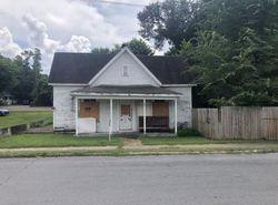 E Maple St, Johnson City, TN Foreclosure Home
