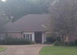 Highleadon Pl, Madison, MS Foreclosure Home