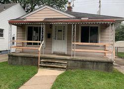 White Ave, Lincoln Park, MI Foreclosure Home