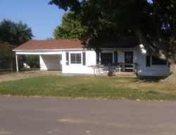 Barclay St, Clinton, KY Foreclosure Home