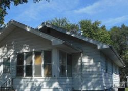 Center St, Waterloo, IA Foreclosure Home