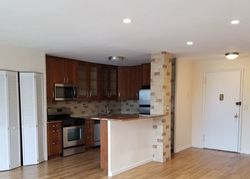E 39th St Apt 4c, Paterson