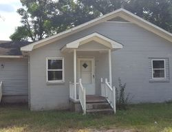 S Mcfarland St, Hartsville, SC Foreclosure Home