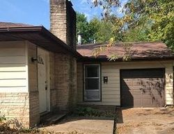 N Oakland Ave, Carbondale, IL Foreclosure Home