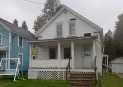 Clover St, Rutland, VT Foreclosure Home