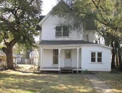 S Hickory St, Mcpherson, KS Foreclosure Home