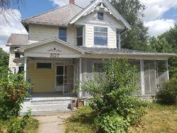 W Warren St, Mount Pleasant, IA Foreclosure Home
