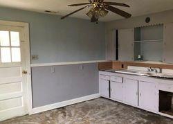 Kirkland Ave, Norfolk, VA Foreclosure Home