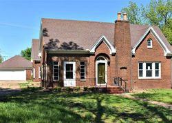 S 7th St, Chickasha, OK Foreclosure Home