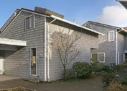 N Tomahawk Island D, Portland