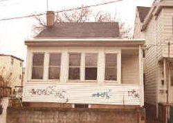 E 17th St, Paterson