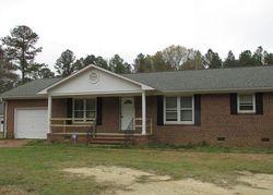 Bluebird Ln, Fayetteville