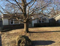 Maple Tree Ln, Carpentersville