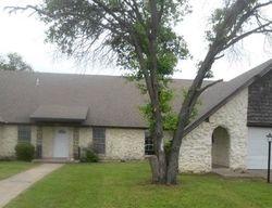 Walraven Cir, Fort Worth