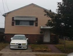 Westbury #29768912 Foreclosed Homes