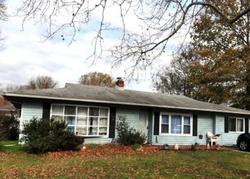 Chaucer Dr, Newark, DE Foreclosure Home