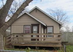 E 9th St, Des Moines, IA Foreclosure Home