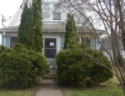 13th St, Des Moines, IA Foreclosure Home