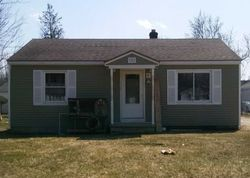 Garfield Ave, Mount Morris, MI Foreclosure Home