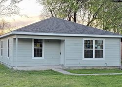 Queensland St, Houston, TX Foreclosure Home