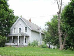 S 2nd Ave, Washington, IA Foreclosure Home