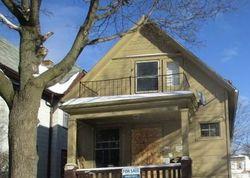 N 10th St, Milwaukee, WI Foreclosure Home