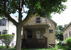 N 10th St, Milwaukee, WI Foreclosure Home