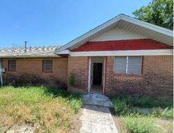 W 12th St, Quanah, TX Foreclosure Home