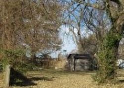 W Hovey St, Springfield, MO Foreclosure Home