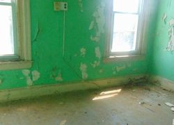 S 10th St, Camden, NJ Foreclosure Home