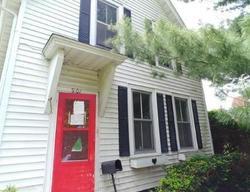 S 6th St, Burlington, IA Foreclosure Home
