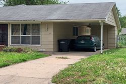 Random Rd, Arkansas City, KS Foreclosure Home