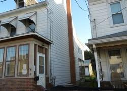 Macomb St, New Philadelphia