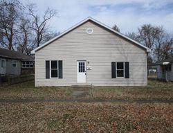 E Walnut St, Columbus, KS Foreclosure Home