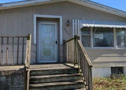 Elm St, Bloomfield, IA Foreclosure Home