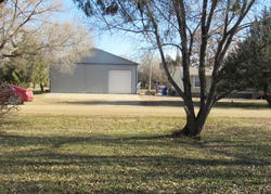 N Commercial St, Blunt, SD Foreclosure Home