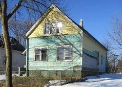 N 9th St, Milwaukee, WI Foreclosure Home