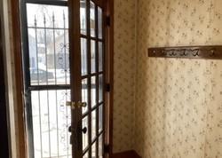 13th Ave S, Clinton, IA Foreclosure Home
