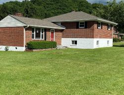Mountain View Dr, Bluefield