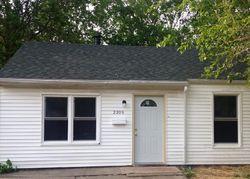 E Adams St, Springfield, IL Foreclosure Home