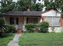University St, Jacksonville, FL Foreclosure Home