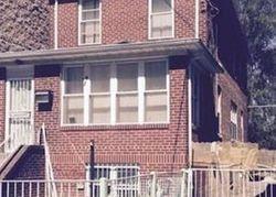 E 221st St, Bronx