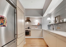 Broad St Apt 802, New York