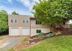 Hillview Dr, Mount Wolf