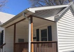 S 7th St, Springfield, IL Foreclosure Home