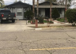 E Cypress Ave, Parlier