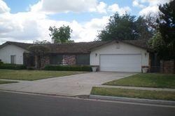 W Kearney Blvd, Fresno